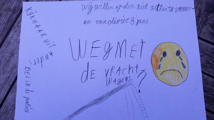 Tekening van Olivier (8) tegen bouwverkeer van toekomstig ecovat in Arnhem.