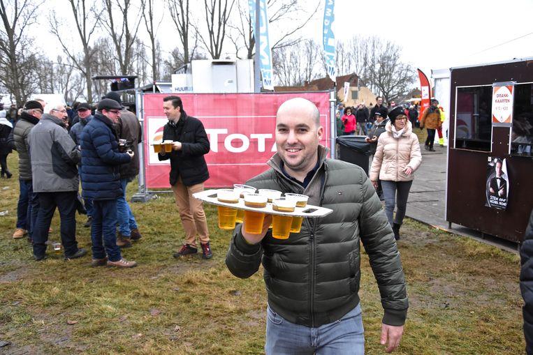 Hexia cyclocross Gullegem - het bier vloeide rijkelijk rond het parcours