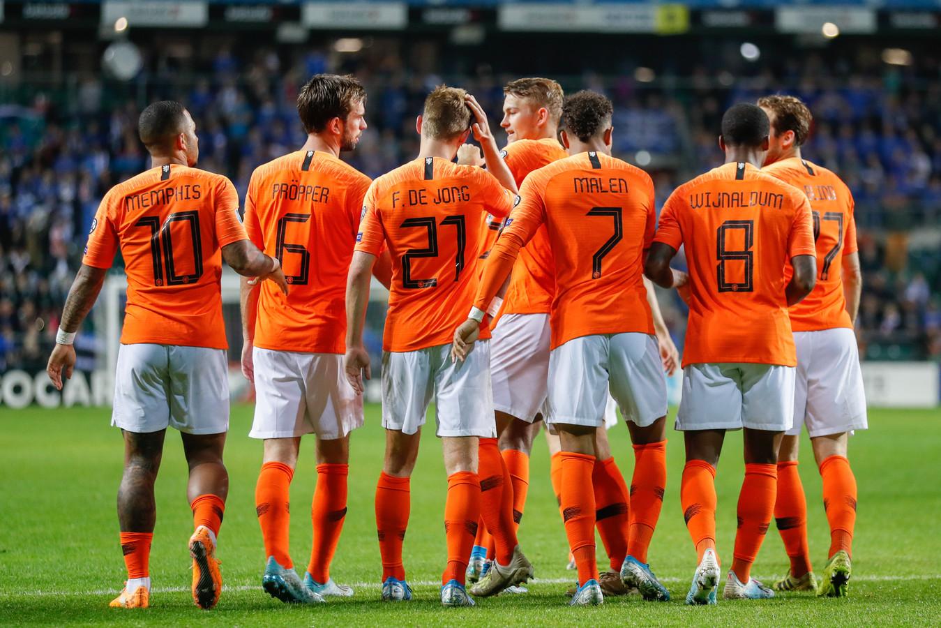 Oranje deed afgelopen week goede zaken met zeges op Duitsland (2-4) en Estland (0-4).