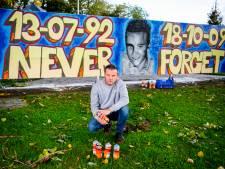 Timothy (27) maakte eerbetoon voor Floyd, die tien jaar geleden omkwam  bij illegale graffiti-actie
