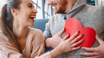 Wat je vooral wel/niet moet doen als je een crush hebt op een collega