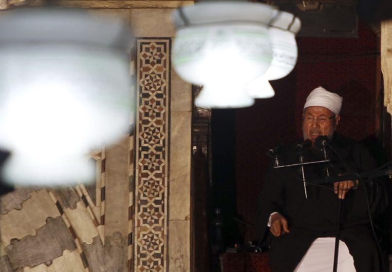 Sjeik Yusuf al-Qaradawi is een van de ideologen van de internationale Moslimbroederschap. Beeld Reuters
