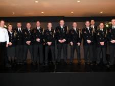 Lintjesregen in Loon op Zand: 12 brandweerlieden krijgen een koninklijke onderscheiding