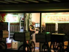 Politie pakt verkeerde: gewapende overvaller pizzeria in Lelystad is nog voortvluchtig