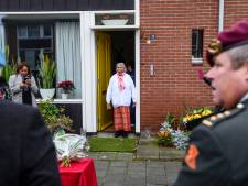 Na 70 jaar krijgt Eba uit Wierden de KNIL-decoratie van haar Lucas terug