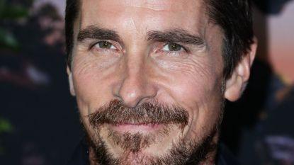 """Christian Bale getuigt over ontmoeting met Donald Trump: """"Hij dacht dat ik echt Bruce Wayne was"""""""
