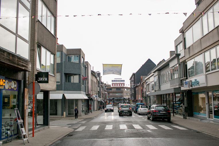 De Kouterstraat in Temse, momenteel niet bepaald de meest gezellige winkelstraat.