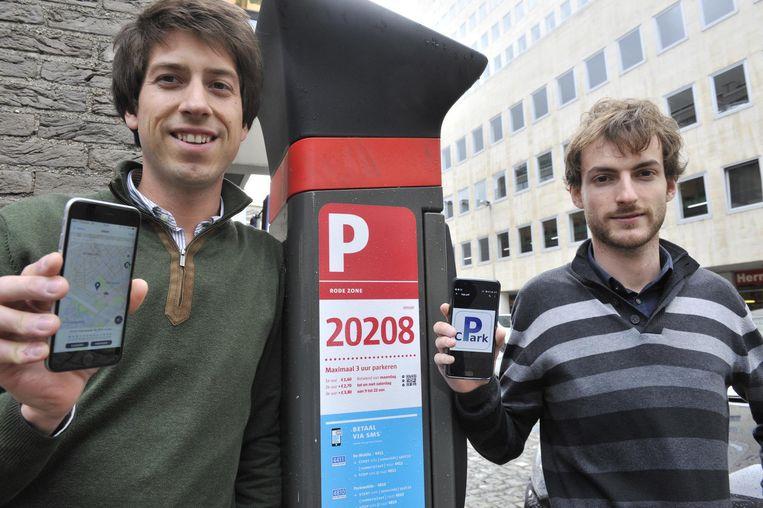 Hadrien Crespin (28, l.) en Nicolas Cognaux (23) ontwikkelden de app.