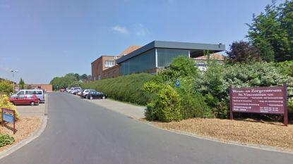 Alle bewoners van zwaargetroffen Woonzorgcentrum Sint-Vincentius worden getest op Covid-19
