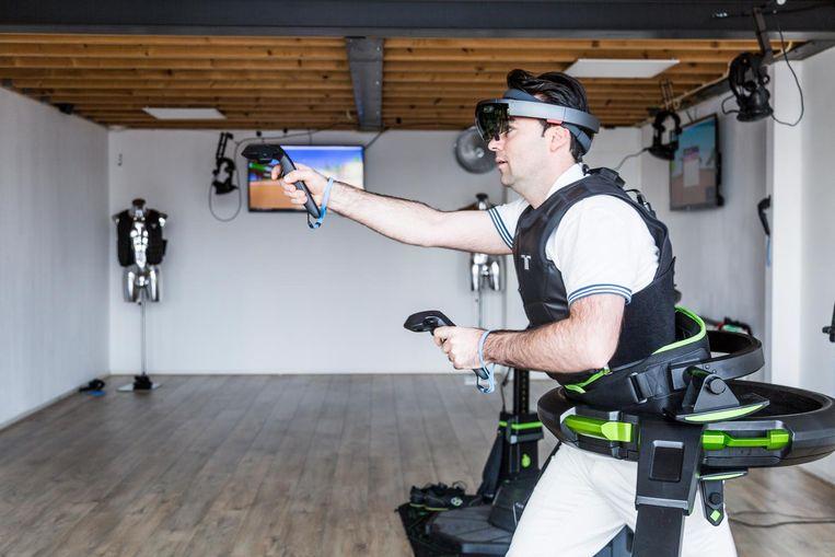 Anderhalf uur gamen in virtual reality: topcadeau voor gamers Beeld Tammy van Nerum