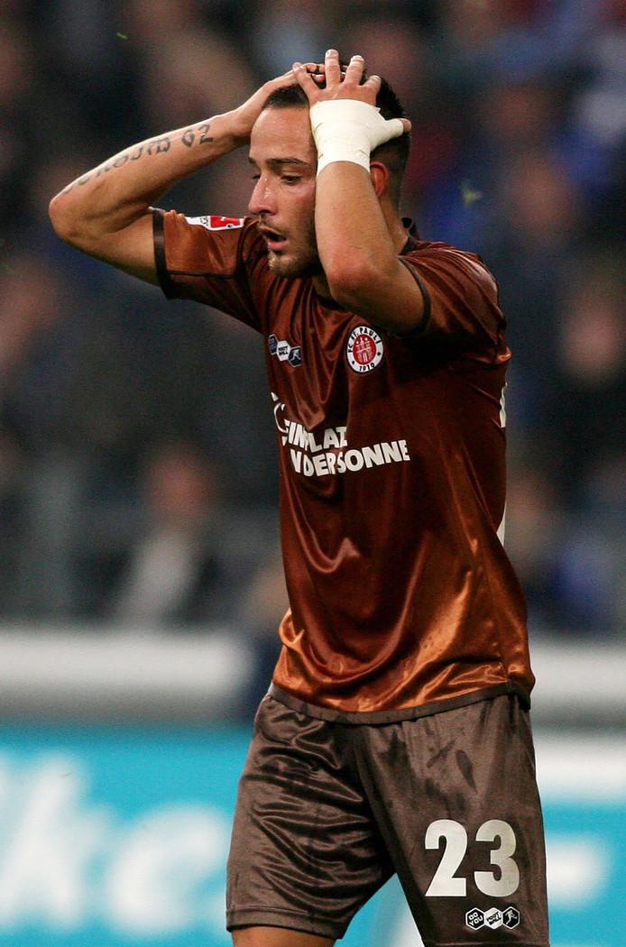 Deniz Naki als speler van St Pauli in 2010.