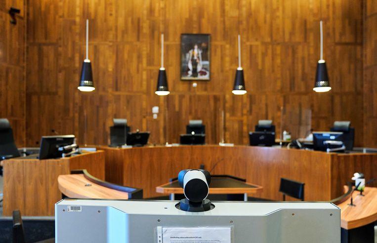 De rechtbank van Den Haag tijdens de coronacrisis. Verdachten worden via een videoverbinding gehoord.  Beeld ANP