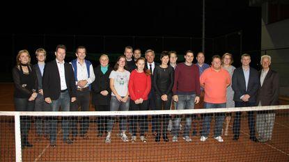 Aquila huldigt West-Vlaamse kampioenen