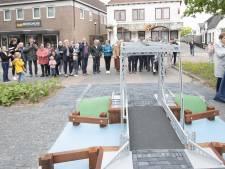 De geliefde brug is weer terug in Westerhaar