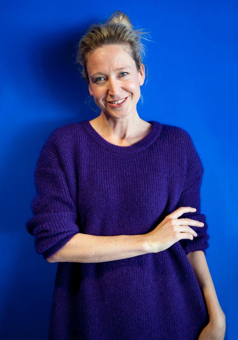 Cath Luyten: 'Autocue? Je moet potverdomme je vragen uit je hart laten komen.' Beeld Cindy Baar