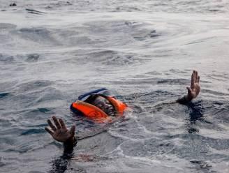 Boot met migranten kapseist voor Libische kust