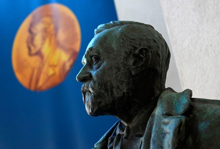 Een buste van Alfred Nobel. Beeld AFP