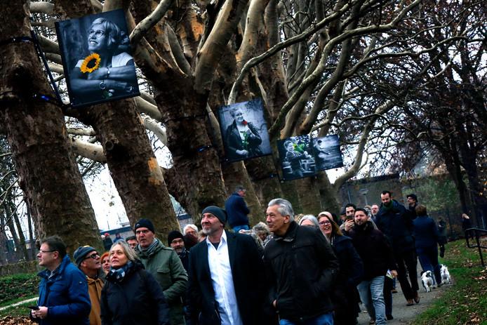 Het Tolerantiepad op de Gorcumse stadwallen werd eind november vorig jaar geopend met een wandeling. Initiatiefnemer Johannes van Camp hoopt zondag opnieuw op veel belangstelling.