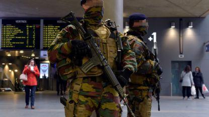 Al vijf jaar lang militairen op straat: kostprijs loopt op tot meer dan 200 miljoen euro