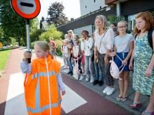 De Westhoek in Oosterhout koestert verkeersbrigadiers