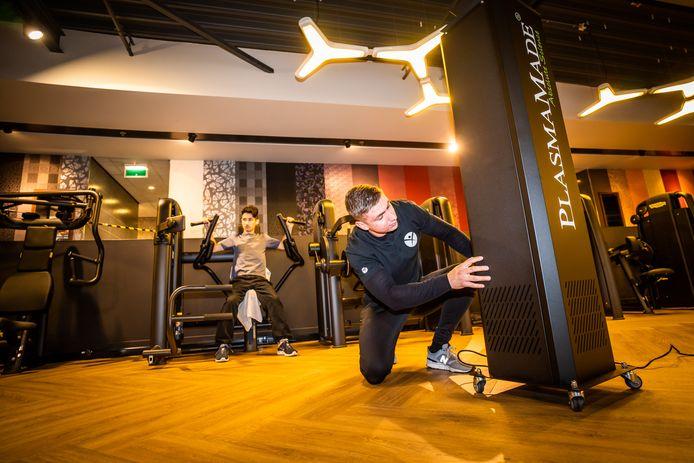 Bij Healthclub Heijenoord in de gelijknamige Arnhemse wijk heeft eigenaar Toon Stelling geen halve maatregelen genomen.