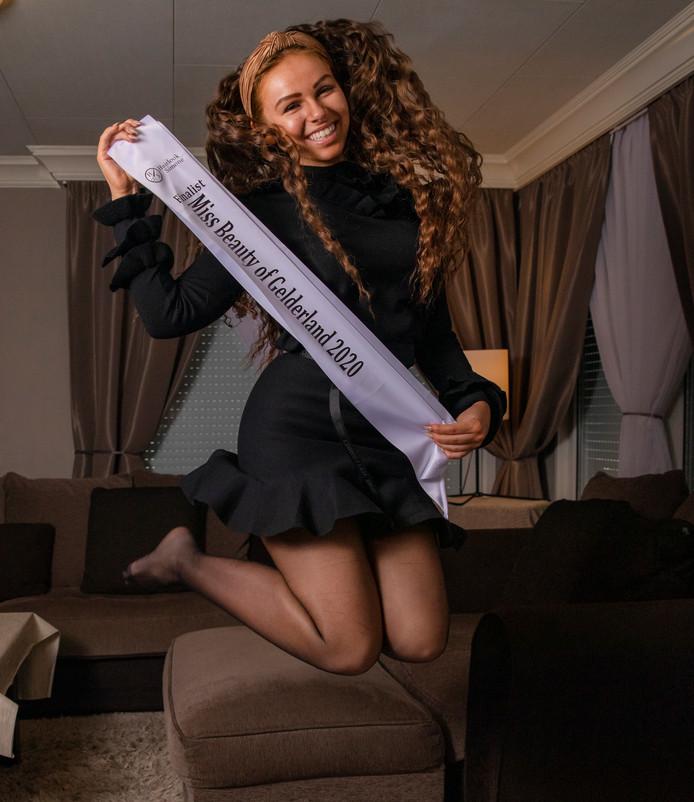 Finalist Miss Beauty of Gelderland 2020, Jany van Dooren.