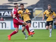 Vijf maanden en twee operaties verder is Nijholt weer voetballer