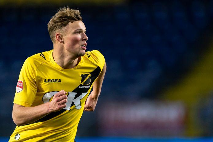 Sydney Van Hooijdonk wordt de held van NAC in de play-offs.