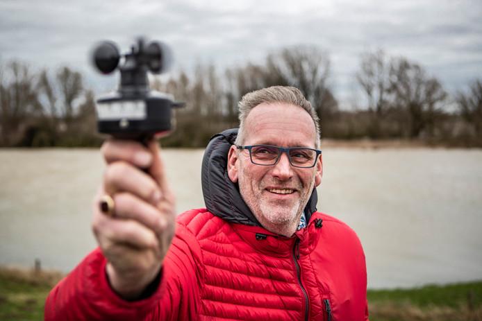 Tijdens Ciara gaf de meter van Mark Wolvenne 8,5 aan op de Bandijk tussen Deventer en Terwolde.