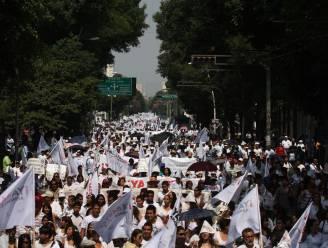 Mexicanen massaal op straat tegen drugsoorlog