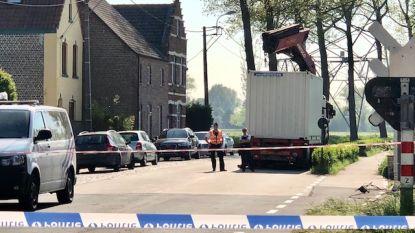 Minstens tot dinsdagmiddag geen treinen tussen Brugge en Blankenberge door ongeval met vrachtwagen