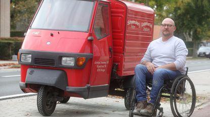 """Na de rellen: Club Brugge zamelt geld in voor brommer van schoenmaker. """"Bedankt Club"""""""