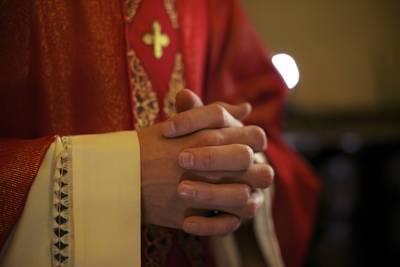 helft-nederlandse-bisschoppen-wist-van-seksueel-misbruik