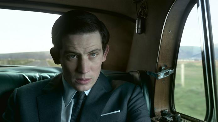 Josh O'Connor dans le rôle du Prince Charles.