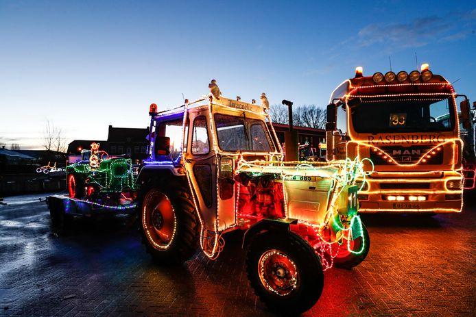 Tractors by Night in Drimmelen.