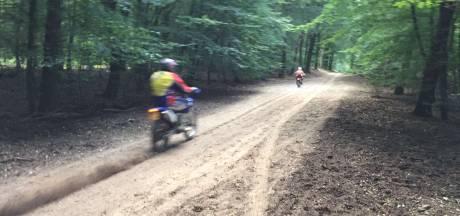 Boswachter Lennard Jasper wordt 'moedeloos' van illegale motorcrossers in Veluwse bossen