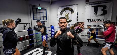 Oud-wereldkampioen El Boustati maakt comeback: 'De Hyena stapt de ring in'