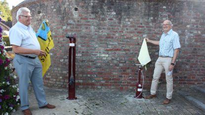 Rotary Club Geraardsbergen zorgt voor fietsherstelpunt aan kerk Onkerzele