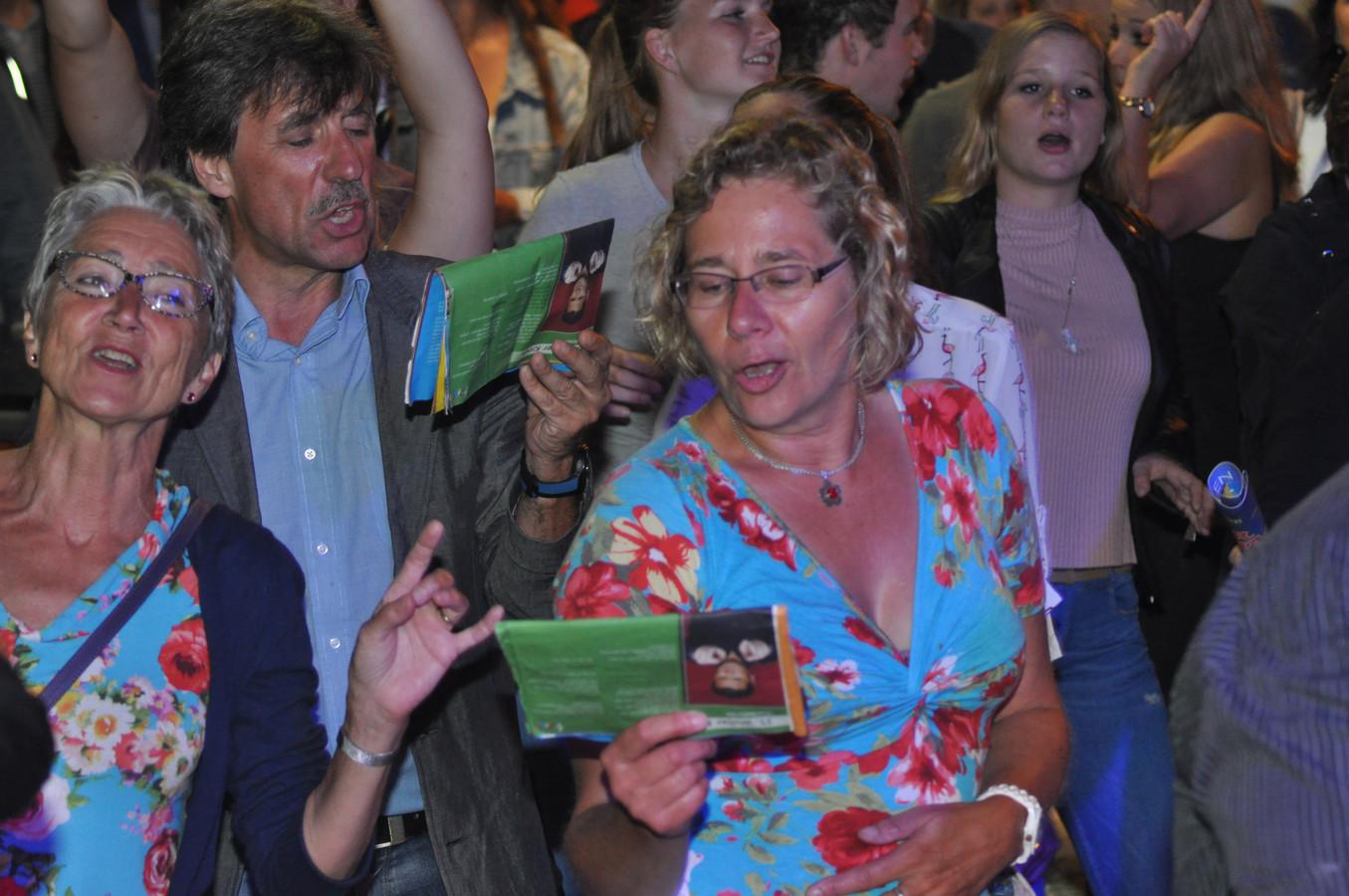 Nijmegen Zingt, de editie van enkele jaren geleden, op de Grote Markt.