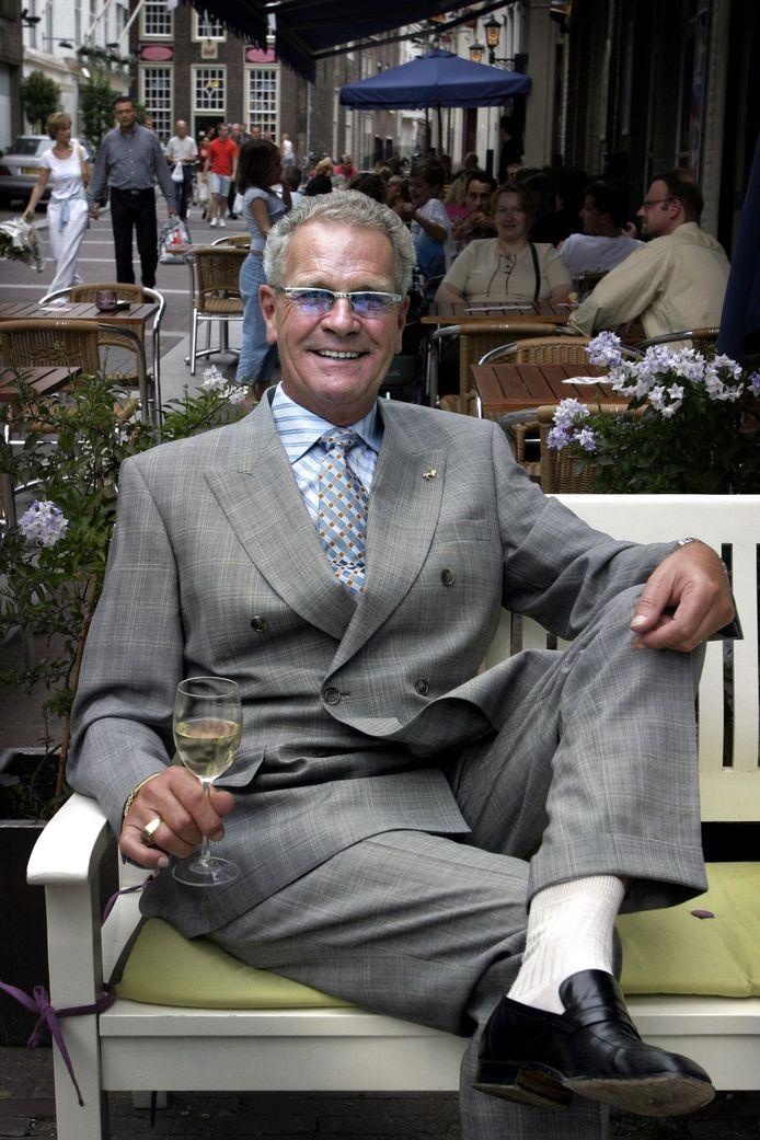 Joop van Zantvoort, op en top gastheer in al zijn zaken in Den Bosch, is op 75-jarige leeftijd in Thailand overleden.
