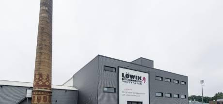 Löwik Meubelen in Vriezenveen: 23e dicht, zondagen 2019 vraagteken