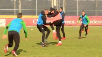 Verhitte sfeer in aanloop naar topper: Feyenoord-spelers gaan met elkaar op de vuist