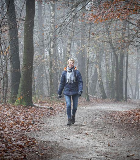 Eleonore en Paméla hebben het zelf ervaren: praten tijdens het wandelen helpt bij rouwverwerking