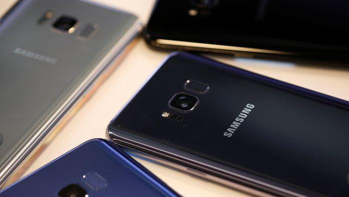 Smartphones boven de 250 euro leveren vanaf 1 mei een BKR-registratie op als ze met een abonnement worden verkocht.