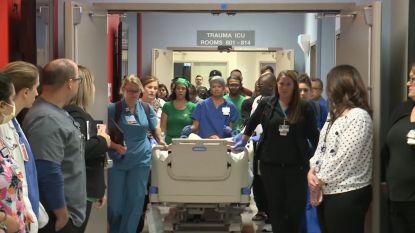 Ziekenhuispersoneel vormt erehaag voor 18-jarige orgaandonor