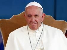 Paus roept op tot uitroeien  'cultuur des doods' in kerk