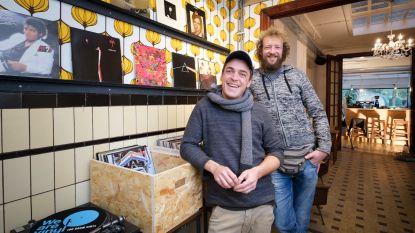 Genieten van koffie en vinyl bij Toekan Records