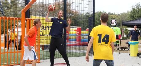 Cliënten Tragel sporten erop los tijdens open dag Cruyff Foundation
