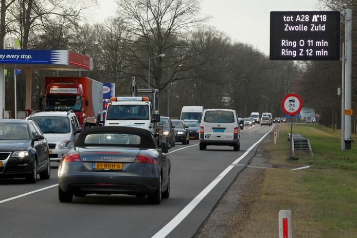 File op N35 tussen Zwolle afslag Marslanden en Wythmen. Foto archief