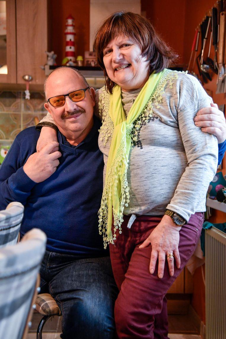 André De Bleser en Monique Van Boxstael zijn in het ziekenhuis gehuwd, maar gaan in juni een tweede keer trouwen, voor de kerk.